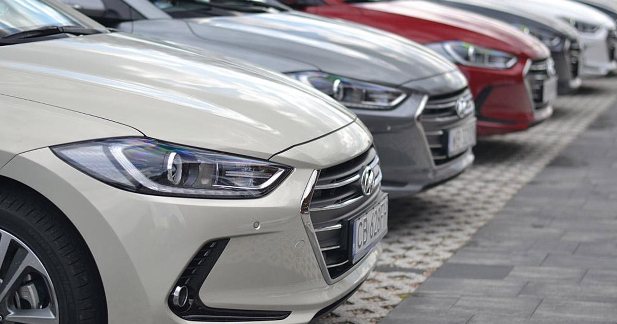 Hyundai Elantra usado Venezuela 3