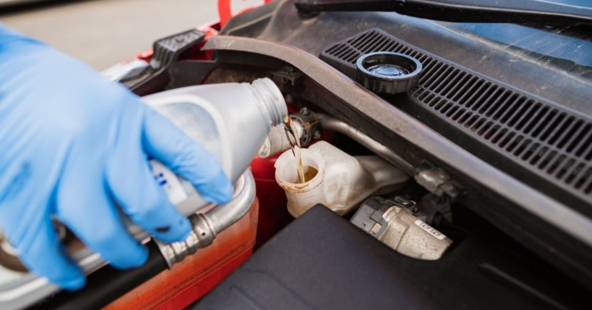 Conoce los tipos de líquidos de frenos para autos