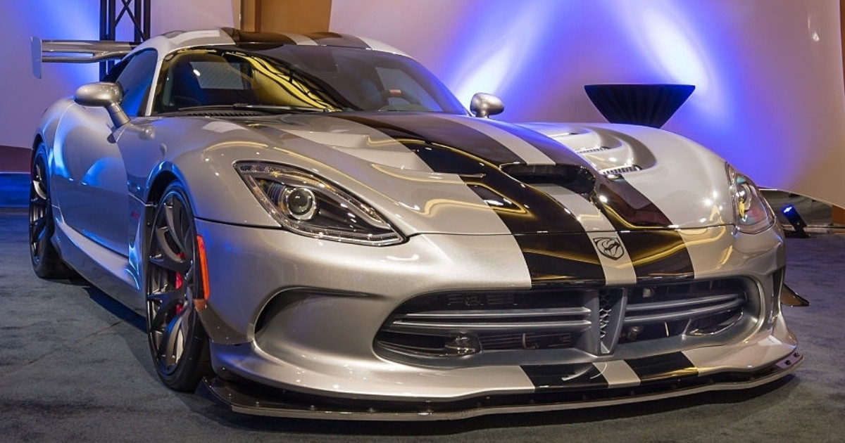Descubre las cualidades de superdeportivo Dodge Viper SRT